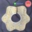 ผ้าซับน้ำลายเด็ก ผ้ากันเปื้อนเด็กเล็ก แบบ 360 องศา ปลายหยักโค้ง / ลายดอกไม้ดอกเล็ก (มี 2 สี) thumbnail 2