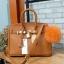 กระเป๋า Berke กระเป๋าทรงสุดฮิต ใบใหญ่จุของคุ้มคะ ตัวกระเป๋าหนัง Pu ดูแลรักษาง่าย น้ำหนักเบา ตัวกระเป๋า ปรับได้ 2 ทรง ทรงรัดสายคาด กับ ถอดออกได้ ภายในบุด้วยหนัง PU เนื้อเรียบสีชมพู มีช่องใส่ของจุกจิกได้ #ใบนี้สวยหรูมาก New arrival! thumbnail 1
