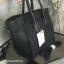 กระเป๋า BERKE HANDBAG กระเป๋าทรงหรู look like Celine brand หนังดีมาก จาก แบรนด์ BERKE อยู่ทรงสวยค่ะ หนังเนื้อดี เรียบหรู ขนาดกำลังดีเลย จุของคุ้มมากสำหรับผู้หญิง ภายในมีช่องซิปย่อยแยกเป็นสัดส่วน thumbnail 4