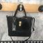 กระเป๋า Keep 2 in 1 สีดำ ปรับเก็บทรง ได้ถึง 2 แบบ มาพร้อมพวงกุญแจ ปอมปอม ฟรุ้งฟริ้ง น่ารักมากคะ thumbnail 11