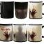 แก้วเปลี่ยนสีตามอุณหภูมิ Walking Dead Walking dead mug thumbnail 2