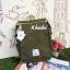 กระเป๋าเป้ Anello flap rucksack polyester canvas แบรนด์ดังรุ่นใหม่มาอีกแล้วว วัสดุผ้าแคนวาสเนื้อดี ยังคงเอกลักษณ์ความกว้างของปากกระเป๋าเพื่อการใช้งานที่ง่ายและสะดวก รุ่นนี้มีช่องเก็บสัมภาระมากมาย ทั้งภายในและภายนอก ด้านข้างใส่ขวดน้ำได้ ด้านหลังยังคงเป็นช่ thumbnail 27