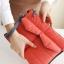กระเป๋าใส่ไอแพด หรือแท็บเล็ต ผลิตจากโพลีเอสเตอร์เนื้อละเอียด บุด้วยใยสังเคราะห์เนื้อนุ่ม พกพาสะดวก ป้องกันรอยขีดข่วนได้ดีมาก thumbnail 8