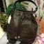 กระเป๋าMANGO / MNG Croc Leather Bucket Bag กระเป๋าถือหรือสะพายทรงขนมจีบรุ่นยอดนิยมวัสดุหนังลาย Croc สุดเท่อยู่ทรงสวย จุของได้เยอะ น้ำหนักเบา thumbnail 6