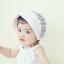 หมวกบอนเน็ตผ้าลูกไม้ หมวกเด็กผู้หญิงปิดท้ายทอย สีครีม (แบบที่ 2) thumbnail 2