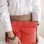 กระเป๋าใส่ไอแพด หรือแท็บเล็ต ผลิตจากโพลีเอสเตอร์เนื้อละเอียด บุด้วยใยสังเคราะห์เนื้อนุ่ม พกพาสะดวก ป้องกันรอยขีดข่วนได้ดีมาก thumbnail 16