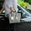 กระเป๋า BERKE HANDBAG กระเป๋าทรงหรู look like Celine brand หนังดีมาก จาก แบรนด์ BERKE อยู่ทรงสวยค่ะ หนังเนื้อดี เรียบหรู ขนาดกำลังดีเลย จุของคุ้มมากสำหรับผู้หญิง ภายในมีช่องซิปย่อยแยกเป็นสัดส่วน thumbnail 9
