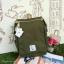 กระเป๋าเป้ Anello flap rucksack polyester canvas แบรนด์ดังรุ่นใหม่มาอีกแล้วว วัสดุผ้าแคนวาสเนื้อดี ยังคงเอกลักษณ์ความกว้างของปากกระเป๋าเพื่อการใช้งานที่ง่ายและสะดวก รุ่นนี้มีช่องเก็บสัมภาระมากมาย ทั้งภายในและภายนอก ด้านข้างใส่ขวดน้ำได้ ด้านหลังยังคงเป็นช่ thumbnail 4