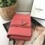 กระเป๋าสะพายข้าง มินิ GUESS MINI SHOULDER BAG ราคา 1,290 บาท Free Ems thumbnail 2