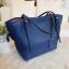 กระเป๋า Amory Leather Everyday Tote Bag สีน้ำเงิน กระเป๋าหนังแท้ทั้งใบ 100% thumbnail 1