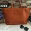 กระเป๋าทรงเรียบเก๋จาก MANGO รุ่น FAUX-LEATHER SHOPPER BAG ด้านหน้ามีโลโก้สีเงิน thumbnail 3