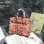 กระเป๋าถือสะพายหนังแท้ สองขนาด ลายงานหนังวัวแท้ สีทูโทน (Leather100%) thumbnail 3