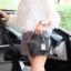 กระเป๋า David Jones Mini Luxury Bag ขนาด มินิ น่ารักมากๆค่ะ ขนาดตอบทุกโจทย์ กับการใช้ออกงาน เห็นใบเล็กๆแบบนี้ จุของคุ้มนะ สวยมาก thumbnail 9
