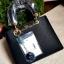 กระเป๋า LYN new arrival 2016 พร้อมส่งค่ะ ด้านหน้าดีไซน์ยี่ห้อด้วย แผ่นทองสุดหรู ปั๊มโลโก้บนแผ่น มีกุญแจห้อยเก๋ๆ มาพร้อมสายสั้น thumbnail 10