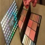 Mac อายเเชร์โดว์ทาตา14สี+บลัชออนปัดเเก้ม4สี รุ่นตลับหัวใจ ราคาส่ง 150 บาท