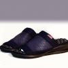 C03025 รองเท้ากันลื่นเพื่อสุขภาพ Messenger