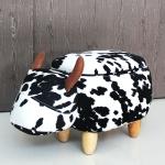 เก้าอี้เก็บของได้รูปวัว ลายขาว-ดำ